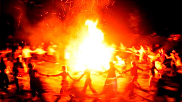 cerchio attorno al fuoco
